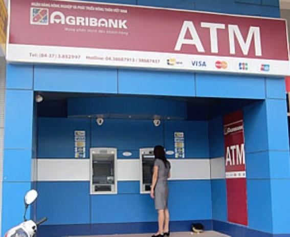 """agribank miễn phí phát hành thẻ agribank """"Lập nghiệp"""" lần đầu"""