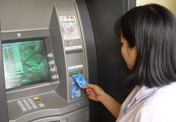 Thẻ ATM Agribank của khách hàng bị thu hồi, khách hàng cần phải làm gì?