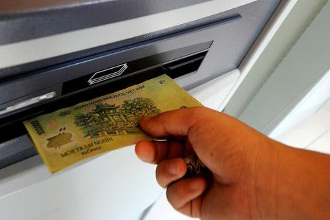 Tại sao nhập sai mã PIN 3 lần bị khóa thẻ?