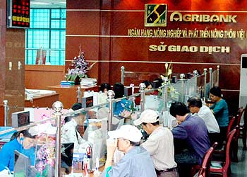 Agribank-bieu-phi-agribank-diemuudai.vn