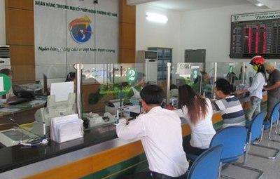 the-tin-dung-Vietcombank-Vietnam-Airlines-Platinum-American-Express-la-gi