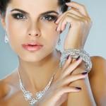 Lucky Jewelry giảm giá 10% cho chủ thẻ Eximbank