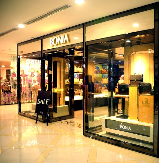 Khuyến mãi giảm 50% cho chủ thẻ khi mua sắm tại Bonia và Carlo Rino
