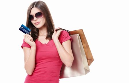 Mở thẻ tín dụng miễn phí dịch vụ bảo hiểm toàn cầu tới 5000USD