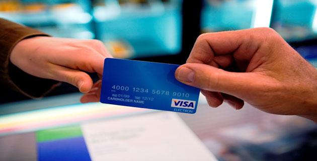Lưu ý không cung cấp thông tin tài khoản ngân hàng cho người khác